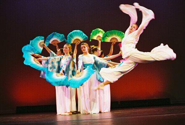 Sheng Ji Ballet - Chopsticks